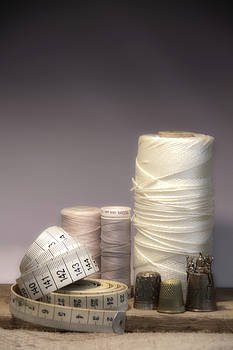 Thread and twine combine by Taschja Hattingh