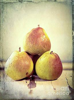 Three Pears Stacked by Linda Olsen