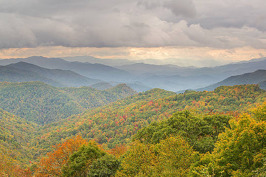 Thunderstruck Ridge by Derek Thornton