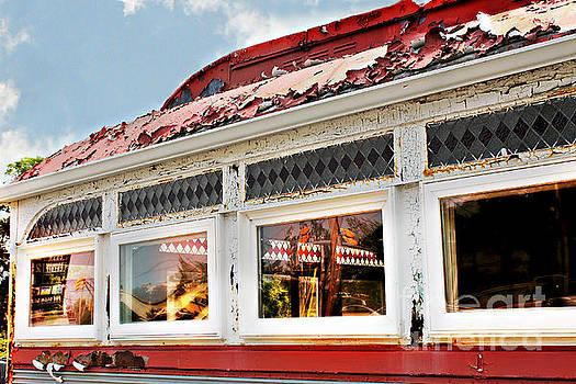Tom's Diner Ghost by Beth Ferris Sale