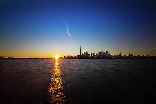 Toronto 2 by Mariusz Czajkowski