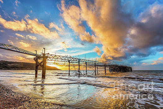 Totland Pier Sunset 2 by English Landscapes
