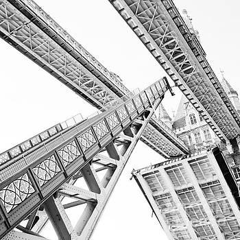 Tower Bridge 02C - Going Up - Grey by Pete Edmunds