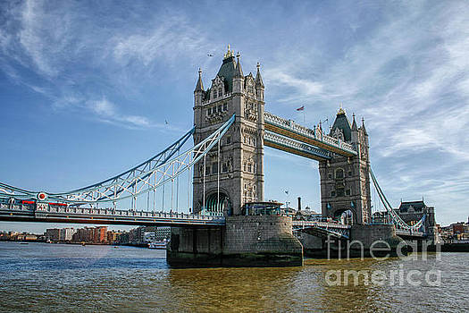 Tower bridge London by Patricia Hofmeester