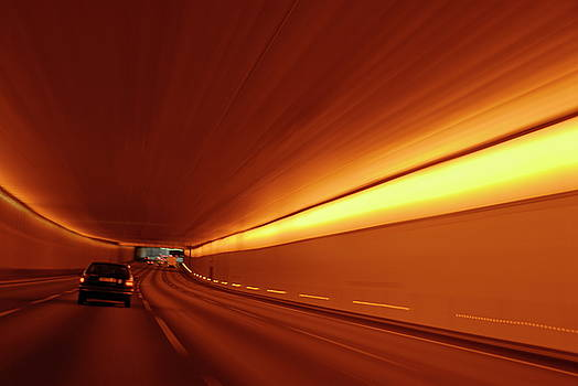 Sami Sarkis - Traffic in tunnel