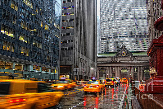 Traffic near Grand Central Terminal by Nishanth Gopinathan
