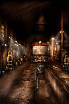 Mike Savad - Train - Yard - Train 89 - In the workshop