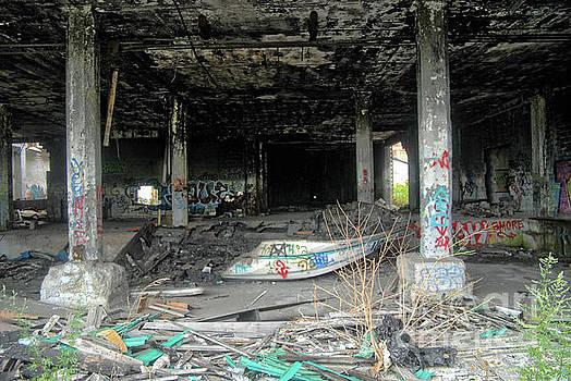 Walter Oliver Neal - Apocalypse Detroit 1