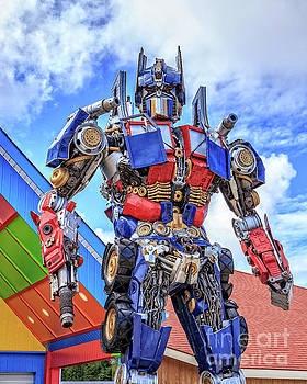 Edward Fielding - Transformers Optimus Prime or Orion Pax