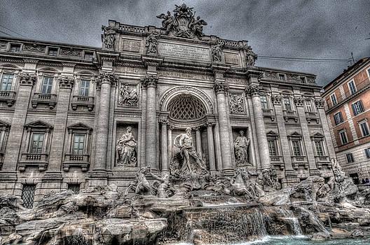 Trevi Fountain by Miguel Pardo