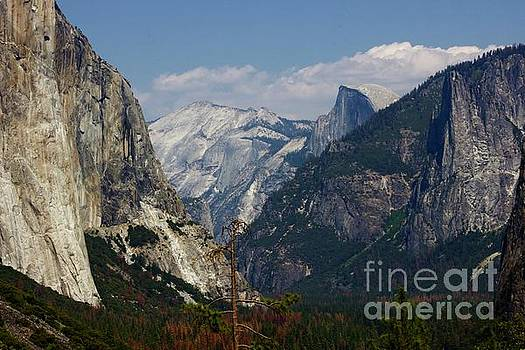 Tunnel View by Alice Mainville