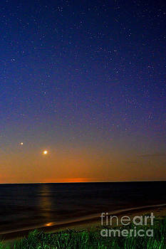 Two Stars by Randall  Cogle