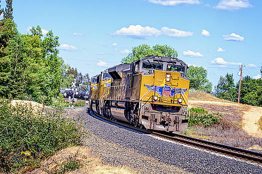Up8649    by Jim Thompson