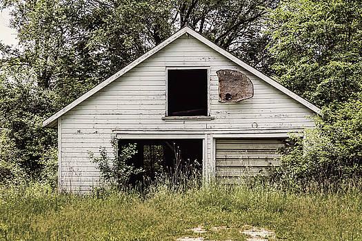 Urban Abandonment 3 by Kim Hojnacki