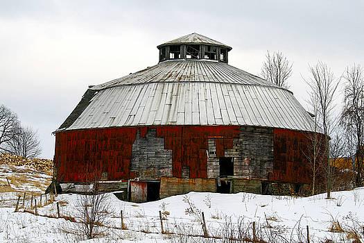 Deborah Benoit - Vermont Round Barn