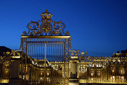Versailles Main Gate by Tim Stringer