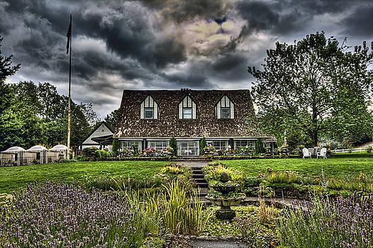 Viewpoint Inn by Brad Granger