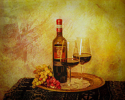 Vino 3 by Jerri Moon Cantone