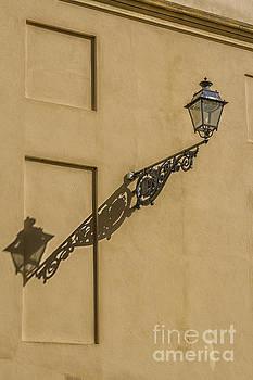 Patricia Hofmeester - Vintage lantern with shadow