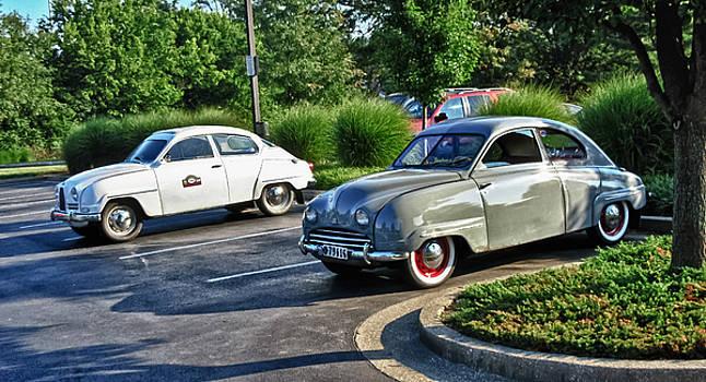 TONY GRIDER - Vintage Saab Car Duo HDR