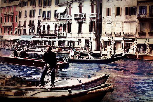 Cindy Boyd - Vintage Travel on a Venice Canal