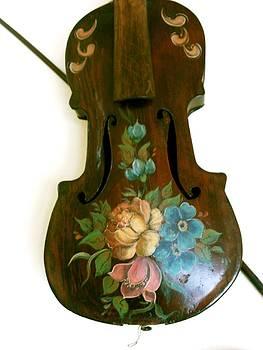 Violin Florals by Carolyn Sylvester
