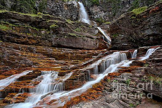 Adam Jewell - Virginia Falls And Streams