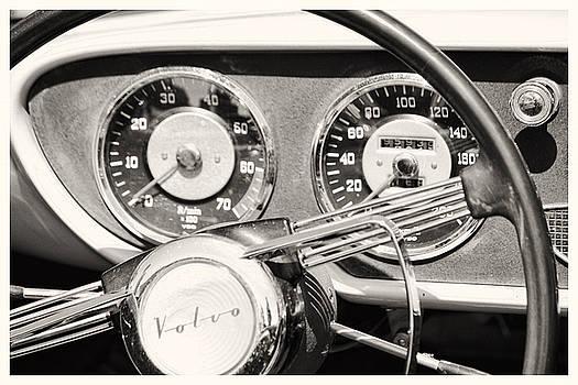 Volvo by Miso Jovicic