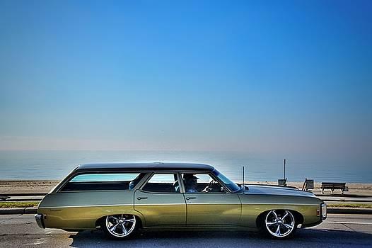 Wagon Cruisin the Coast  by Susan Bordelon