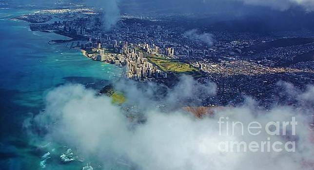 Waikiki in Morning Light by Craig Wood