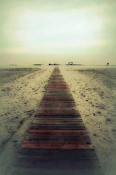 Linda Sannuti - Walk with me