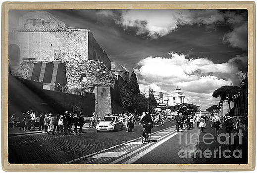 Walking around the city of Rome 2 by Stefano Senise