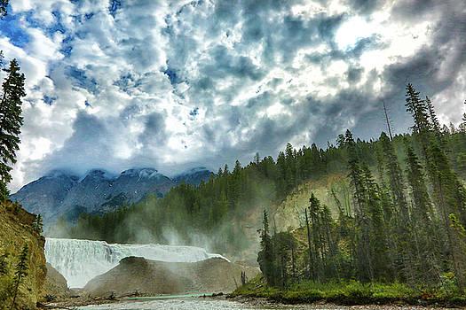 Wapta Falls 1 by Monte Arnold