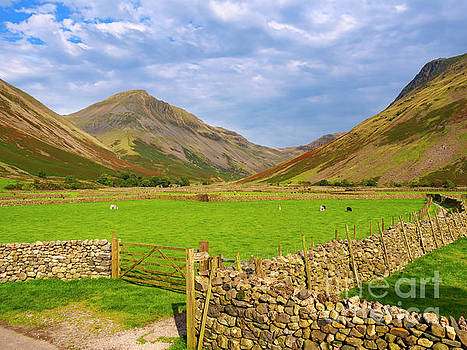 Wasdale Head and Great Gable from Wasdale Head by Louise Heusinkveld