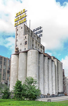 Washburn Mill and Gold Medal Flour sign in Minneapolis by Jim Hughes