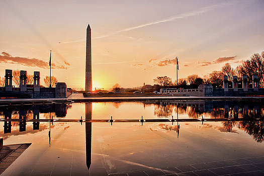 Washinton Monument dawn over WWII Memorial Reflecting Pool by Kayta Kobayashi