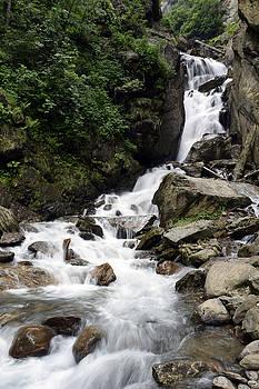 Waterfall by Sumit Mehndiratta
