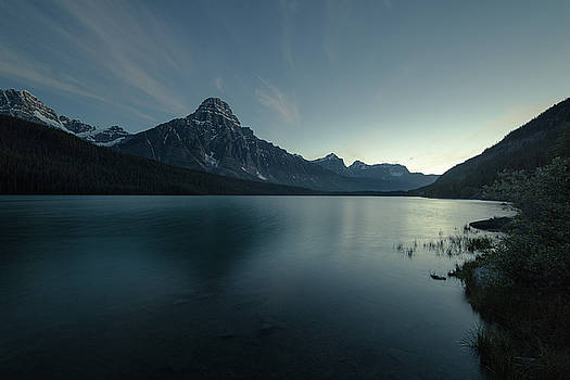 Waterfowl Lake Twilight by Bun Lee