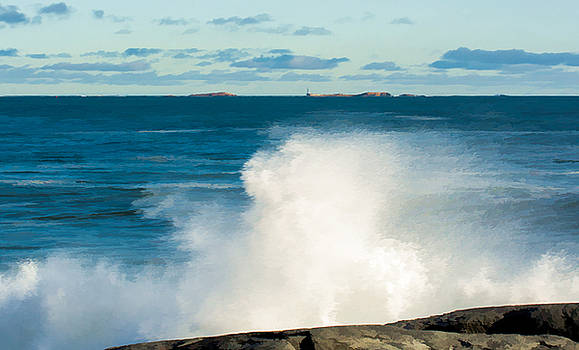 Waves and Sakonnet Light by Nancy de Flon