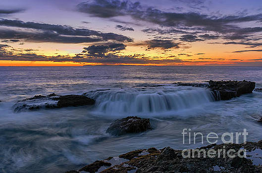 Wave Over The Rocks by Eddie Yerkish
