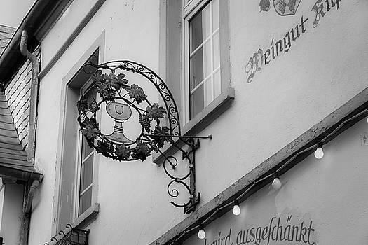 Weingut Kilp Sign Rudesheim B W by Teresa Mucha