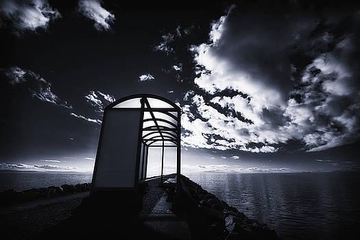 Wind shelter by Alex Land