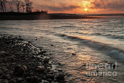 Winter Morning at the Vetran's Lake by Iris Greenwell