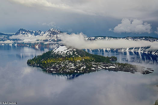 Wizard Island by Mike Ronnebeck