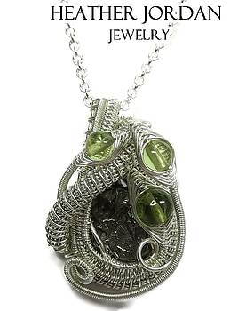 Woven Sikhote-Alin Meteorite Pendant in Tarnish-Resistant Sterling Silver with Peridot - IMetPSS26 by Heather Jordan
