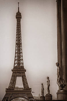 Yesteryear Eiffel by Andrew Soundarajan