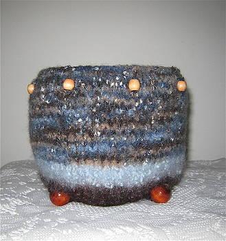 Zuni Fiber Wedding Pottery by Patricia Maxwell