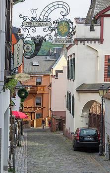 Zur Lindenau Weinstube Rudesheim by Teresa Mucha