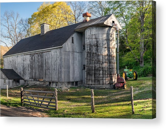 Barns Acrylic Print featuring the photograph Oldie But Goodie by Bill Wakeley