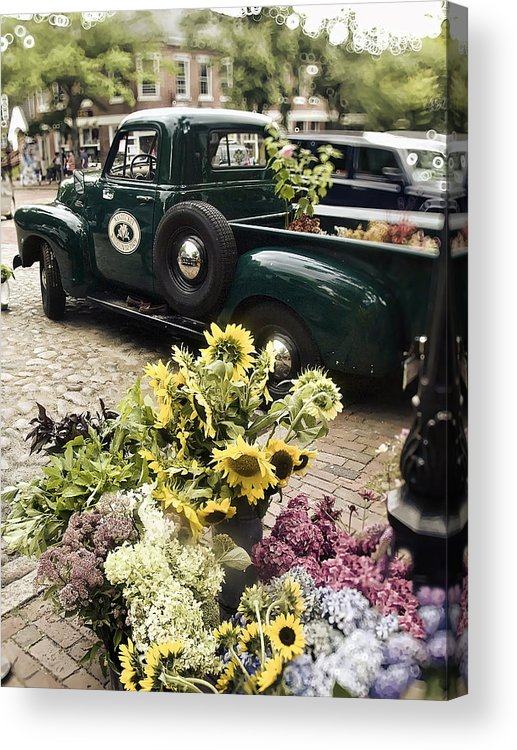 Nantucket Acrylic Print featuring the photograph Vintage Flower Truck-nantucket by Tammy Wetzel